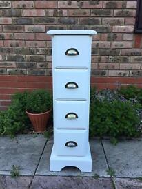Shabby chic drawers chalk painted