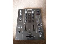 Pioneer DJM 400 2 channel dj mixer with in built effects
