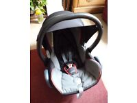 Group 0+ Maxi Cosi Cabriofix Baby car seat which uses seat belt