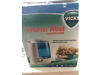 VICKS Warm Mist Humidifier! RRP £43.00