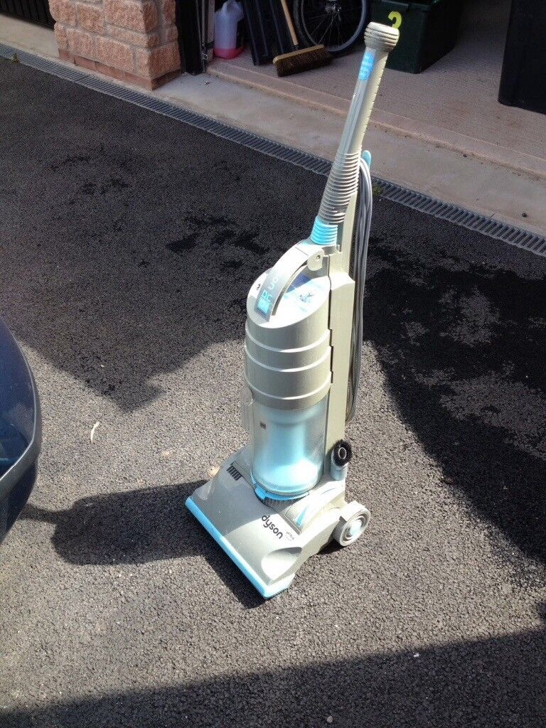 Dyson Dc01 Vacuum Cleaner For Repair Or Spares In Exeter