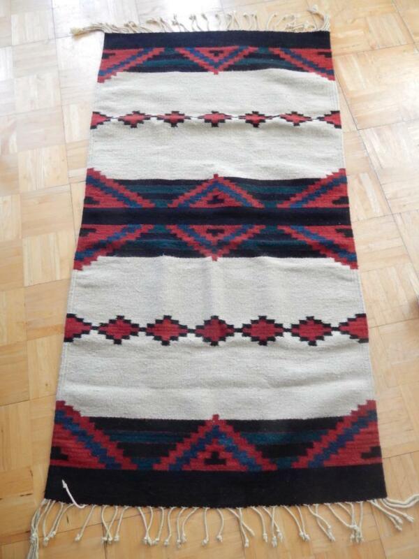 VINTAGE ZAPOTEC INDIAN RUG WEAVING - CHIEF BLANKET DESIGN - NICE TO USE