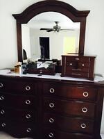Bedroom set with king bed - Mint Condition