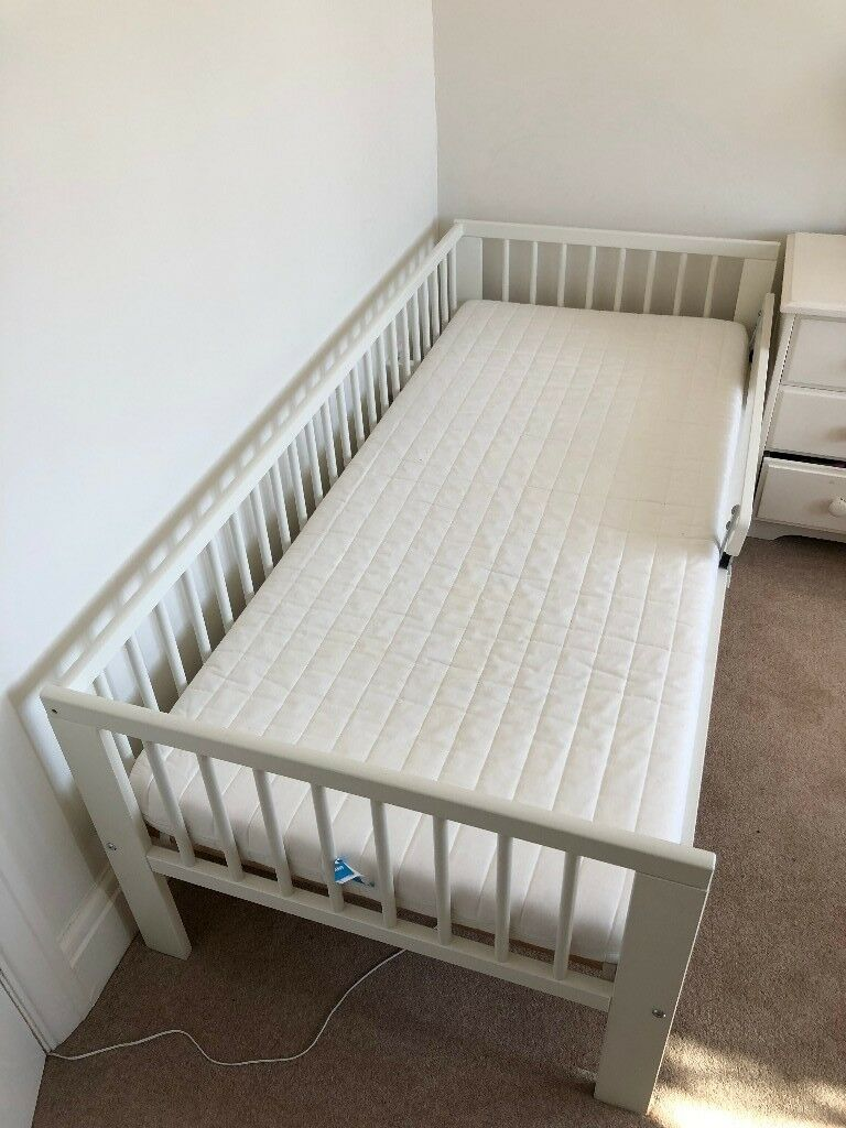 Ikea Gulliver Toddler Bed With Mattress And Fitted Sheets