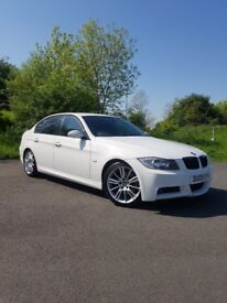 A rare stunning 325i m sport in alpine white with full service history.