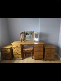 2x solid pine bedside lockers