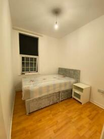 Single room in Acton central, 2 weeks deposit, All bills inc