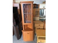 Displa cabinet corner unit in Excellent condition