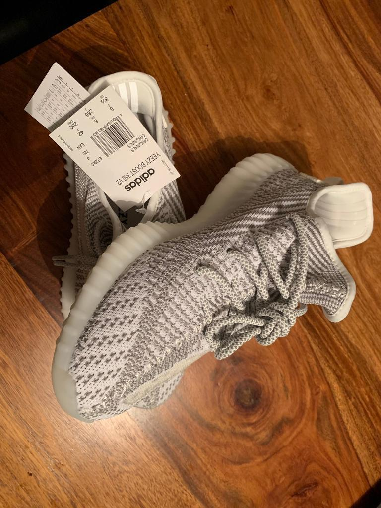 2a37c34769fa6 Adidas Yeeze Boost 350 V2 size 8