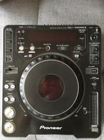 2 x Pioneer CDJ1000 Mk3 1 x DJM 700 k