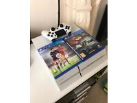 PS4 500gig + 2 Games