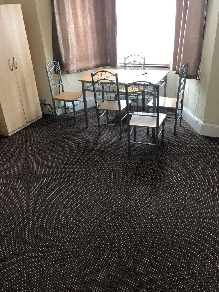 One bed Ground floor flat with Garden for rent in ilford ...