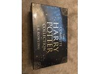 HARRY POTTER LIMITED EDITION ADULT BOXSET