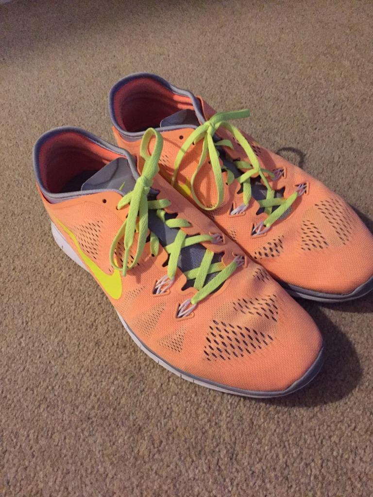 Nike unisex running shoes