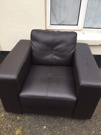 Black single seater arm chair