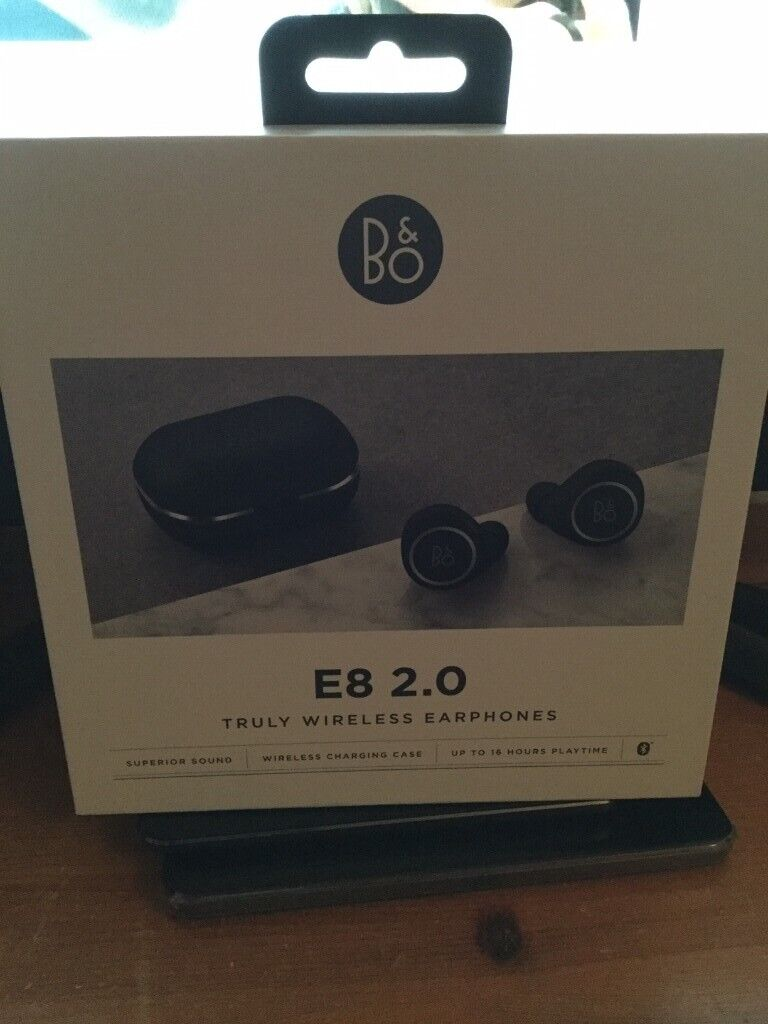 17573031866 Bang & Olufsen Beoplay E8 2.0 Truly Wireless Bluetooth Earbuds and Charging  Case - Black RRP £300