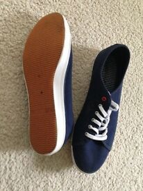 M&S Collection navy pumps/trainers 7