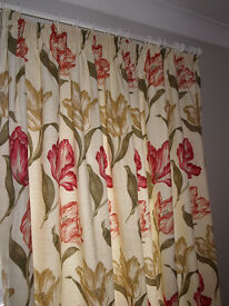 2 Pairs Fully Lined Curtains With Tie Backs