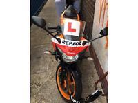 Honda CBR 125R REPSOL not cbf pcx ps sh