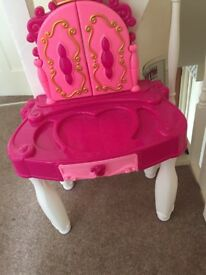 Childrens play dressing table