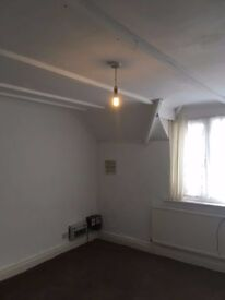 1 BEDROOM FLAT AVAILABLE IN QUINTON.
