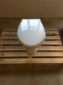 White Toilet with seat - Good Condition