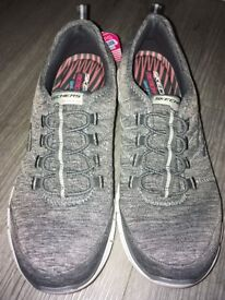 Skechers memory foam gel infused trainers - BRAND NEW WITH LABELS SIZE 6