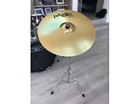 Paiste 20 inch Ride Cymbal 101 Brass with MAPEX Tornado Boom stand in excellent condition.