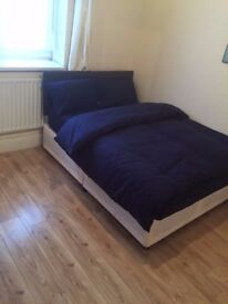 ** HUGE SINGLE ROOM IN STRATFORD **