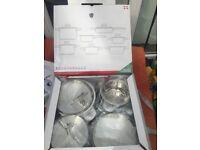 Set of 12 cookware