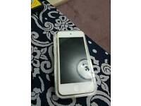 Ipod touch gold 6th gen 16GB