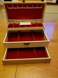 Large Mele Jewellery Box