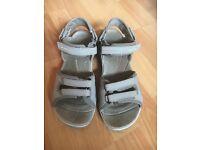 Merrell women's walking sandals. Size 5.