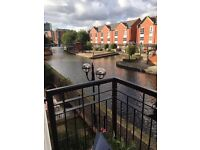 Canalside city centre apartment for rent