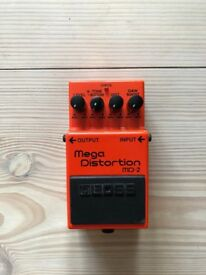 Guitar Pedal: Mega Distortion MD-2 Boss