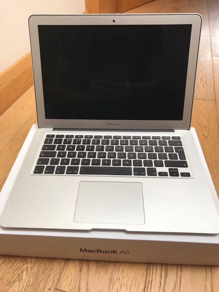 MacBook Air 131.4GHz i5, 8GB RAM, 128 GB Flashin Ballymena, County AntrimGumtree - MacBook Air 13 inchLate 2013 Model1.4GHz i5 processor8GB RAM128GB Flash StorageIn very good condition. Bottom of aluminium casing scratched from being used on a desk, but no major marks on rest of device.In original box with MagSafe charger.Please...