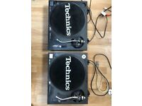 Technics SL-1210MK2 Turntable Pair, Black in Great Condition