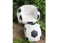 Mini Football Fans!! Watch the matches in style in your very own football chair with foot rest