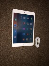 Ipad mini 1 16gb wifi only immaculate condition