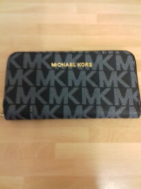 Ladies Black And Gold MK Style Purse