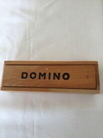 DOMINO in wooden case £3