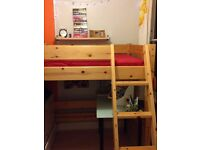 High quality 'shorty' bunk bed in clear lacquered pine and very good condition
