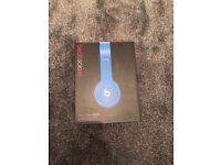 Blue beats headphones ( solo HD )