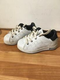 Baby trainers size 6