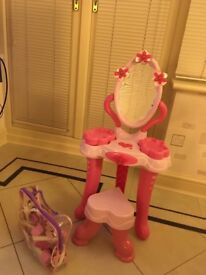 Children's Dressing Up Table/Make Up Table with Accessories