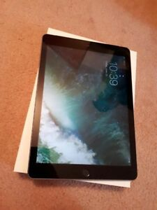 Apple newest iPad 32GB with cellular