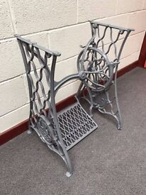 1908 Singer's super 66 model - Cast Iron Treadle Stand Table Desk - free delivery