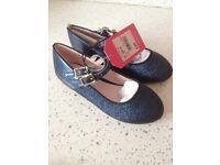 Kids size 8 brand new jasper conran glitter navy shoes