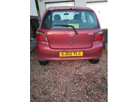 Toyota Yaris 1ltr burgandy great little runner
