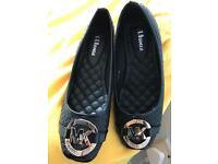 Brand new ladies flat slippers UK8